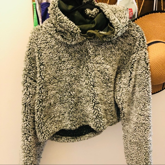 Wild Fable cropped teddy bear hooded sweater